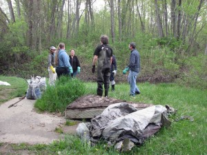 Volunteers at May 14 river cleanup